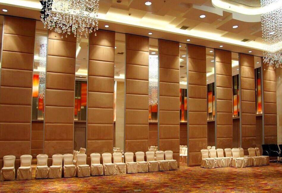石家庄弘谷国际酒店隔断屏风项目